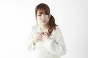 生理前の胸の張り!痛いのを緩和させる方法