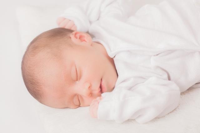 夜泣き 赤ちゃん
