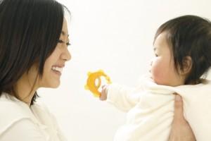 赤ちゃんのあせも対策!できやすい箇所の背中や首、腰に注意!