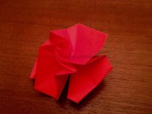 折り紙のばらの折り方!簡単な立体表現はこれです!