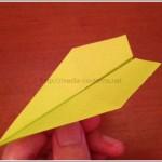 折り紙のへそ飛行機の折り方!これは超簡単に作れます♪