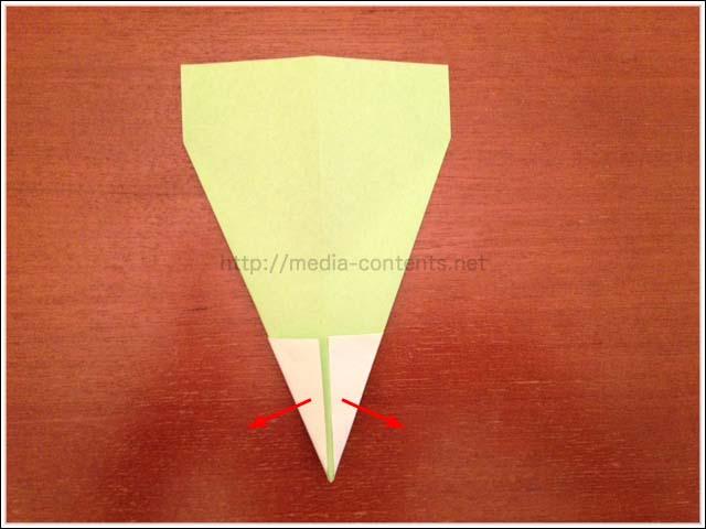 ika-paper-airplane-origami-9