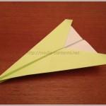 簡単に作れる紙飛行機の折り方!わりとよく飛びます♪